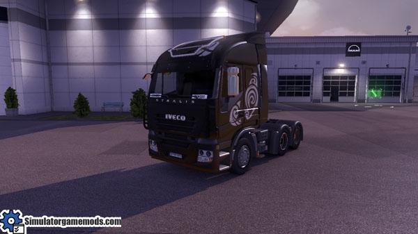 Iveco-stralis-black-truck-skin_01