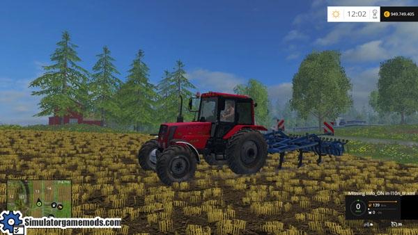 belarus-826-red-tractor-1