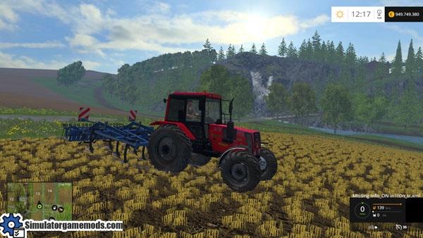 belarus-826-red-tractor-2