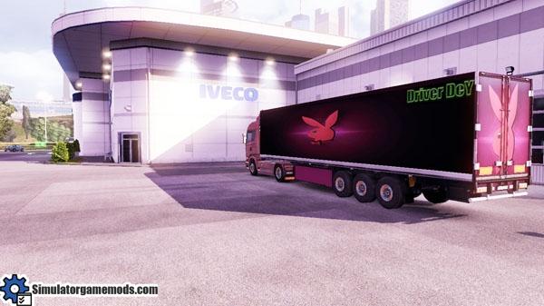 playboy-transport-trailer