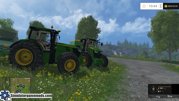 fs15_john_deere_tractor_02