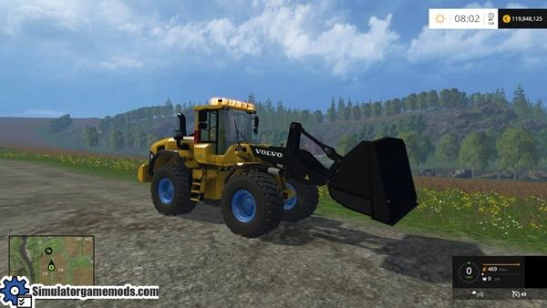 volvo-excavator-2