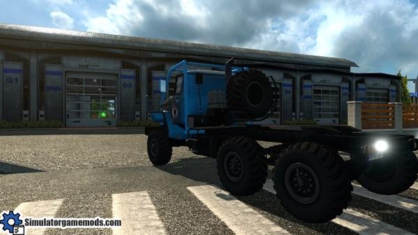ural_43202_truck_2
