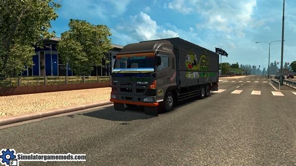 hino-500-truck-1