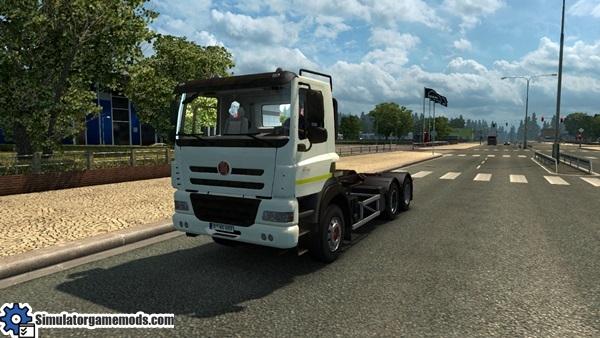 tatra-phoenix-truck-1