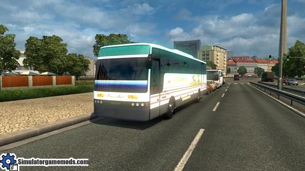 vanhool_bus_1