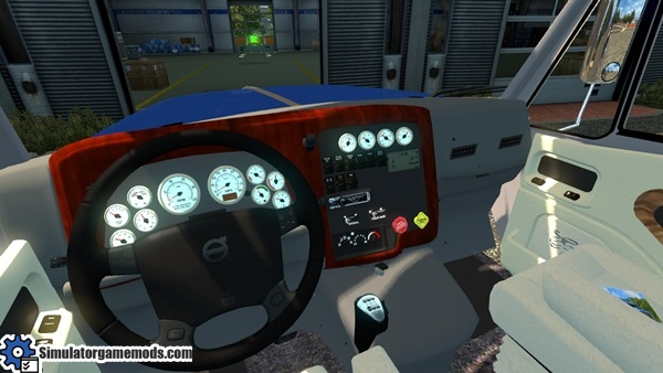 International-Lonestar-truck-2