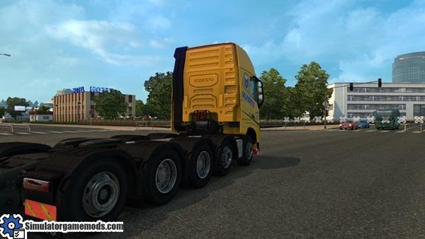 Volvo_FH16_2012_8x4_10x4_truck-3