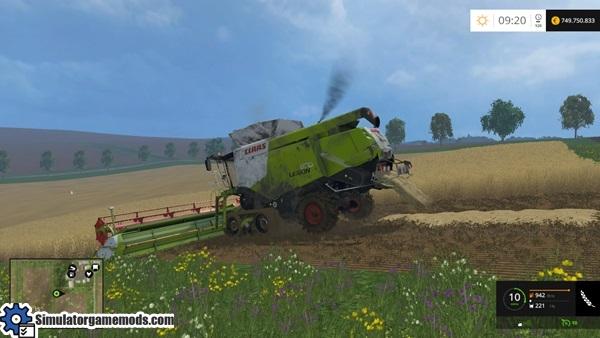 claas-lexion-harvester-3