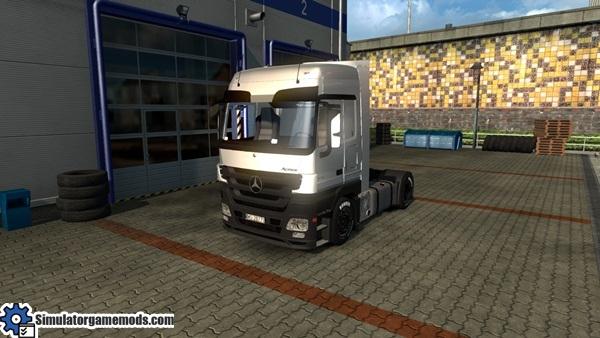 mercedes-benz-truck_1