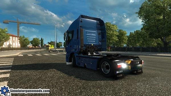 Iveco-hi-way-truck-3