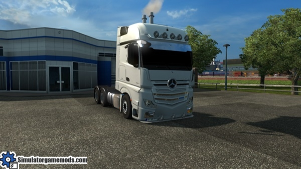 mercedes-benz-mp4-boss-truck-1