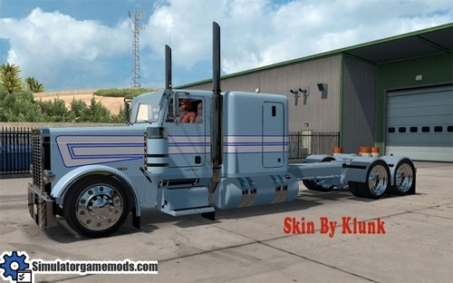 peterbilt_389_truck_light_blue_white_skin