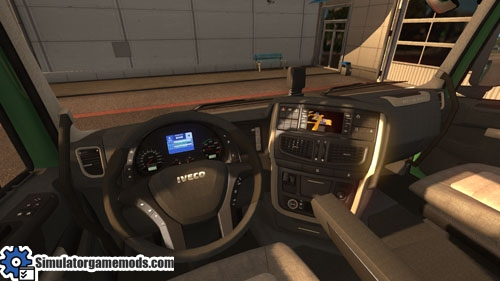 Iveco_reworked_truck_02