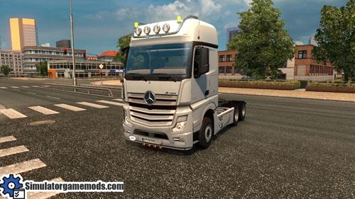 mercedes-benz-actros-truck-01