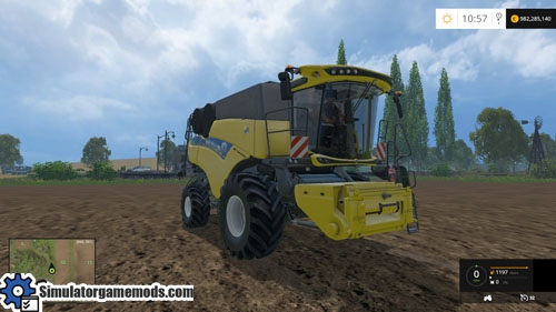new_holland_cr90_harvester_02