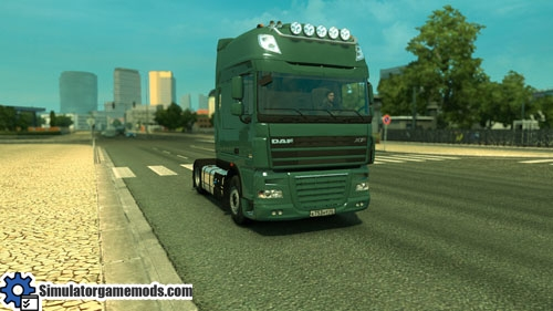 daf_xf_105_truck_01