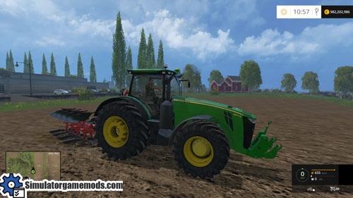 john_Deere_8370r_tractor_02