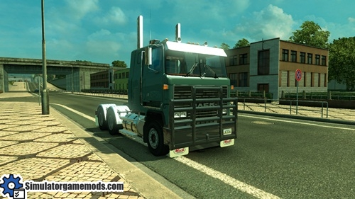 mack_ultraliner_truck_01