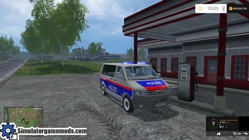 volkswagen_police_car_01