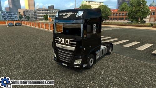 daf_xf_euro6_police_Skin_01