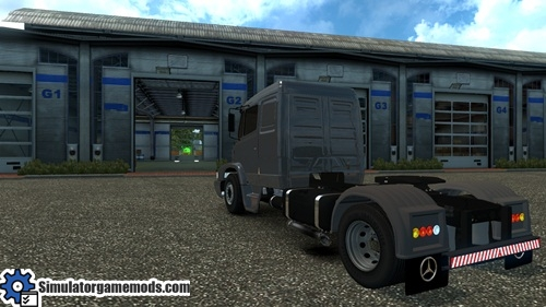 mb_1632_truck_03