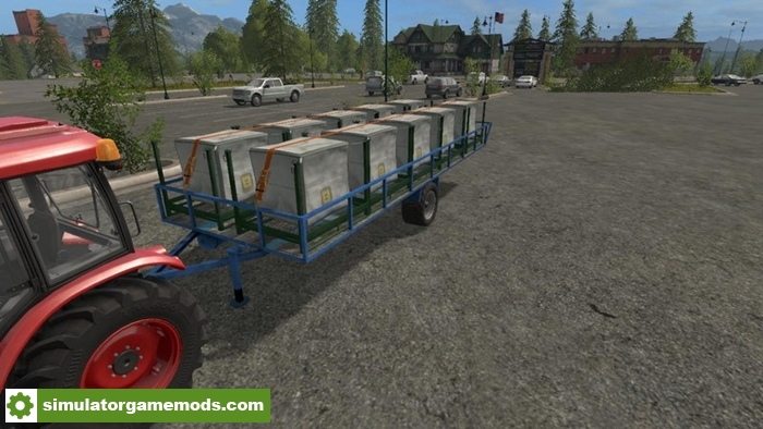 transport-trailer-bales-pallets-and-wood