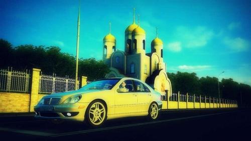 Mercedes Benz C32 AMG [1