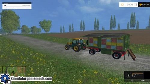 Kroeger_mit__Bienenstock_FS15-trailer