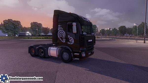 Iveco-stralis-black-truck-skin_02