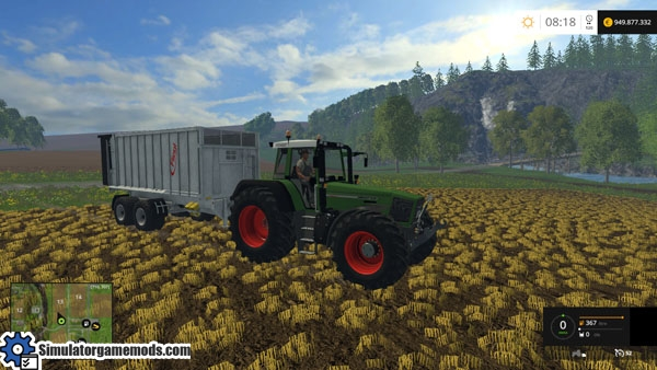 Fendt824Favorit_tractor_2