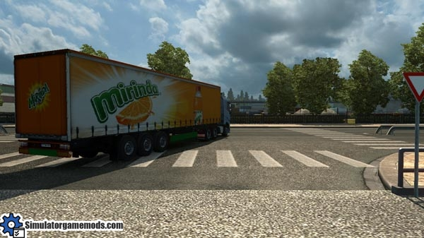 mirinda-transport-trailer
