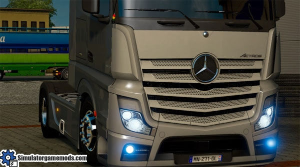 new-mercedes-benz-relageted-mod