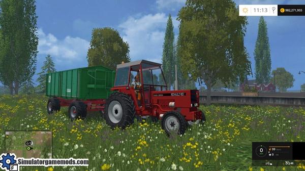 renault-tractor-02