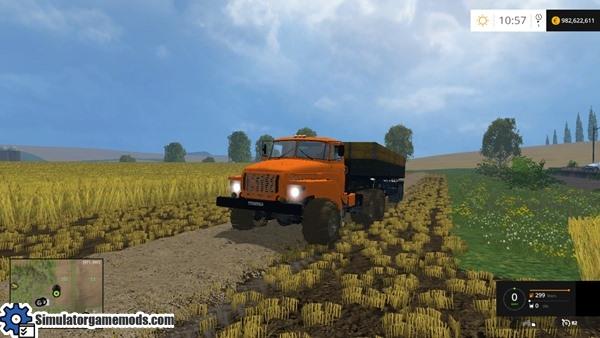 ural-6x6-truck-01