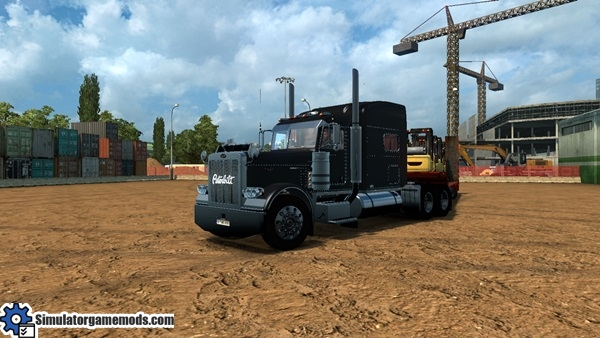 ets2-peterbilt-389-modified-truck-1