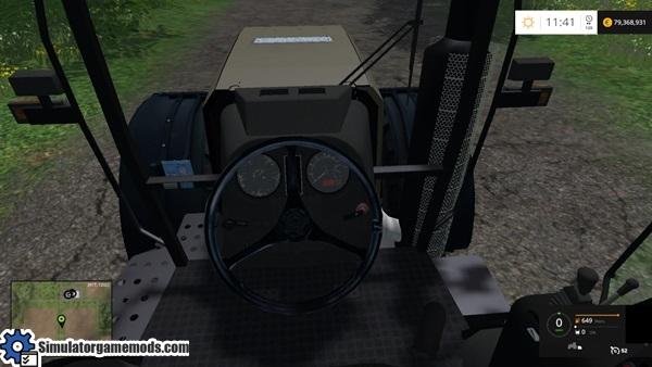 Belarus_3522_mutlicolor_tractor_2