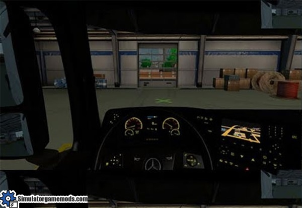 ets2-mercedes-benz-color-dashboard-mod
