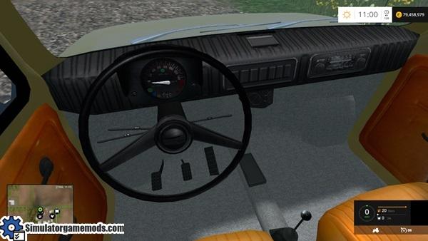 fiat_126p_car_2