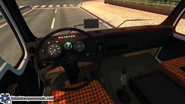 mercedes-benz-1632-truck-2