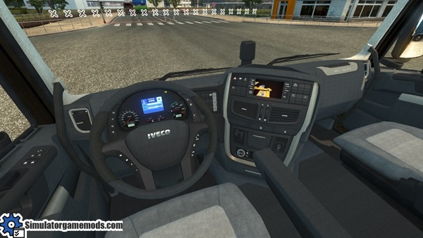 Iveco_hiway_2