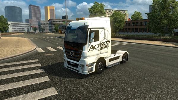 mercedes_benz_truck_1