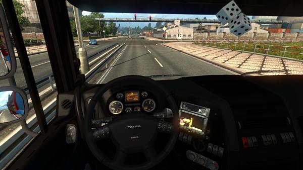 tatra_phoenix_truck_2