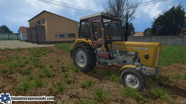 ursus_c360_tractor_01
