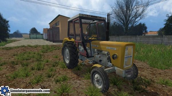 ursus_c360_tractor_03