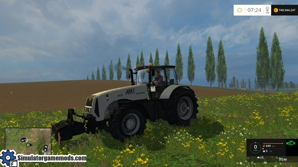Belarus_3522-tractor-3