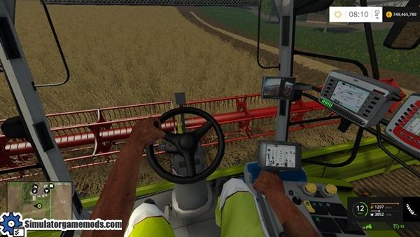 claas-lexion-780-harvester-2