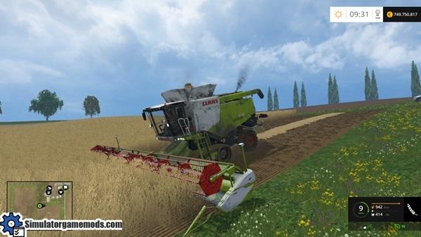 claas-lexion-harvester-1