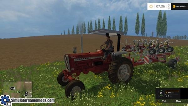 farmall-tractor-1