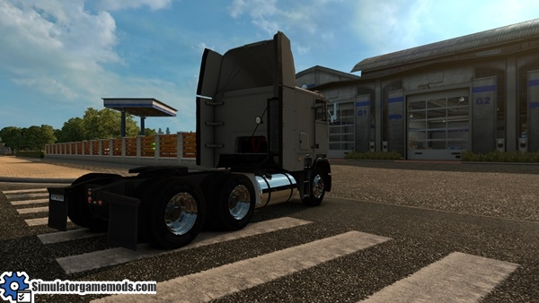 freightliner-truck-3